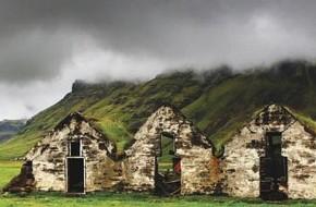 Islandų nacionalinis namas – gyvenimas po velėna