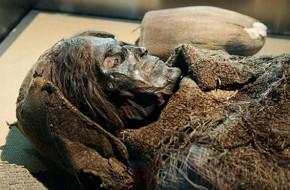 Miegančioji Loulano gražuolė