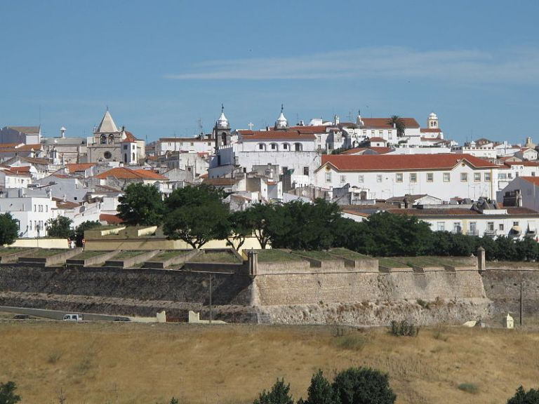 Garrison Border Town of Elvas and its Fortifications