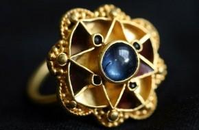 Karališkasis žiedas surastas po pusantro tūkstančio metų