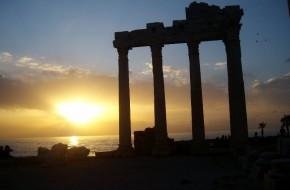 Side – Viduržemio jūros uostas