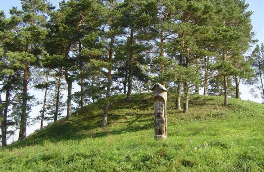 Giraites piliakalnis
