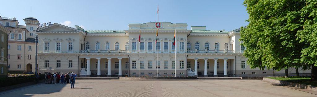 Vilnius_presidential_palace b