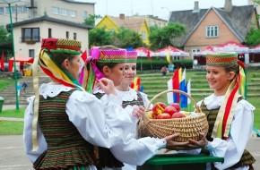 Plungės miesto šventės metu nuo tradicijų iki malonių netikėtumų