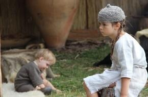 Valdovų rūmų kieme teatralizuota Baltų genčių istorija