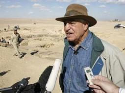 Egiptas su egiptologu dr. Zahi Hawass'u